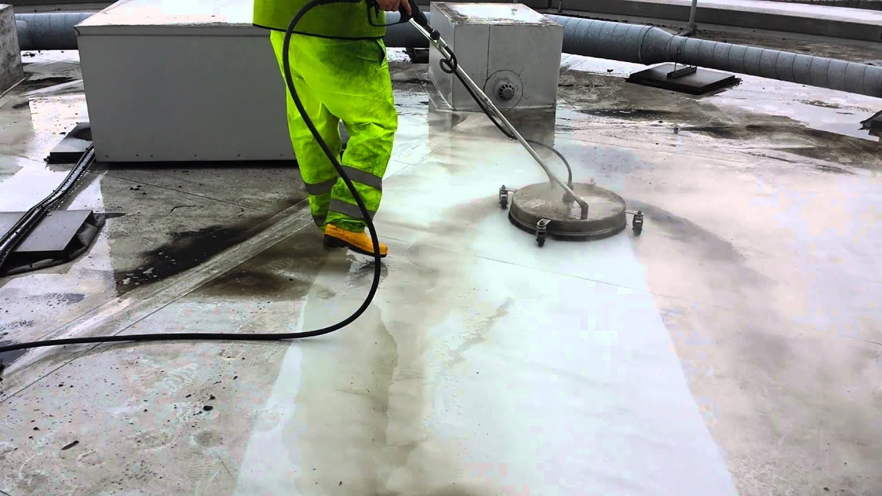 commercial roof being professionally cleaned